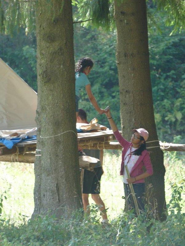 Construction de la tente surélevée